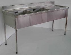 Double Bowl Sink Bench RH 900x1500x600